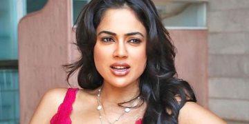 Sameera Reddy Clarifies Re-entry in Movies