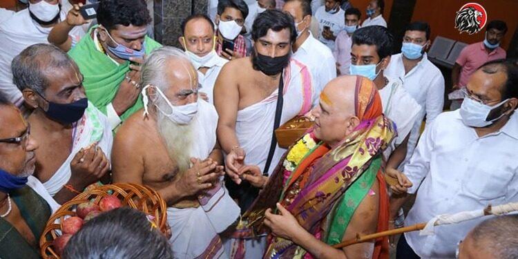 AP CM Jagan Decision Angered Swaroopanandendra Saraswati